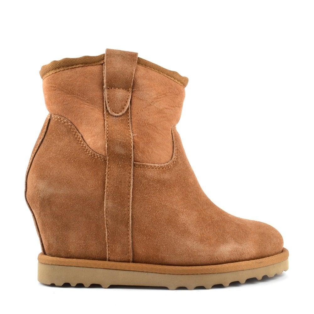 ash yahoo light camel fleece lined wedge ankle boot