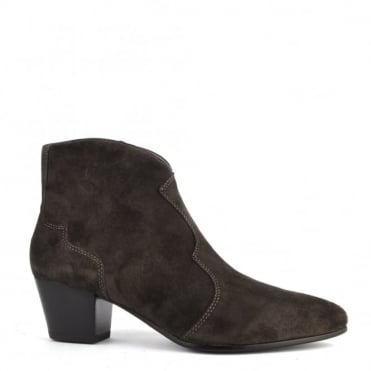 Hurrican Bistro 'Brown' Suede Ankle Boot