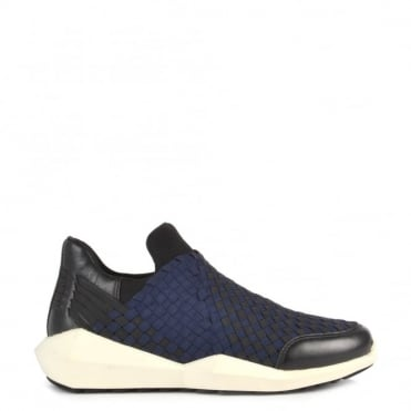 Quartz Black and Navy Trainer