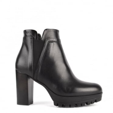Urban Chic Black Leather Heeled Boot