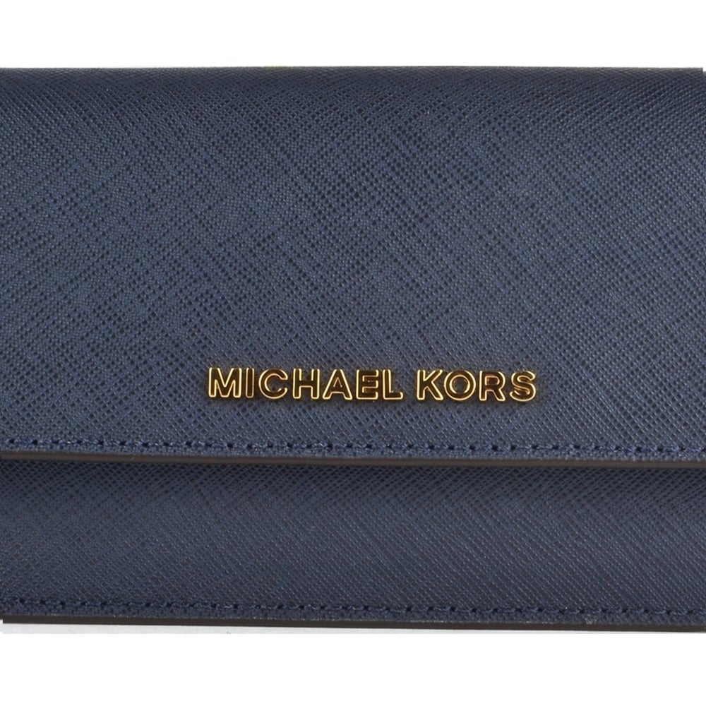 552ed523e1031b MICHAEL MICHAEL KORS Jet Set Travel Navy Flat Wallet