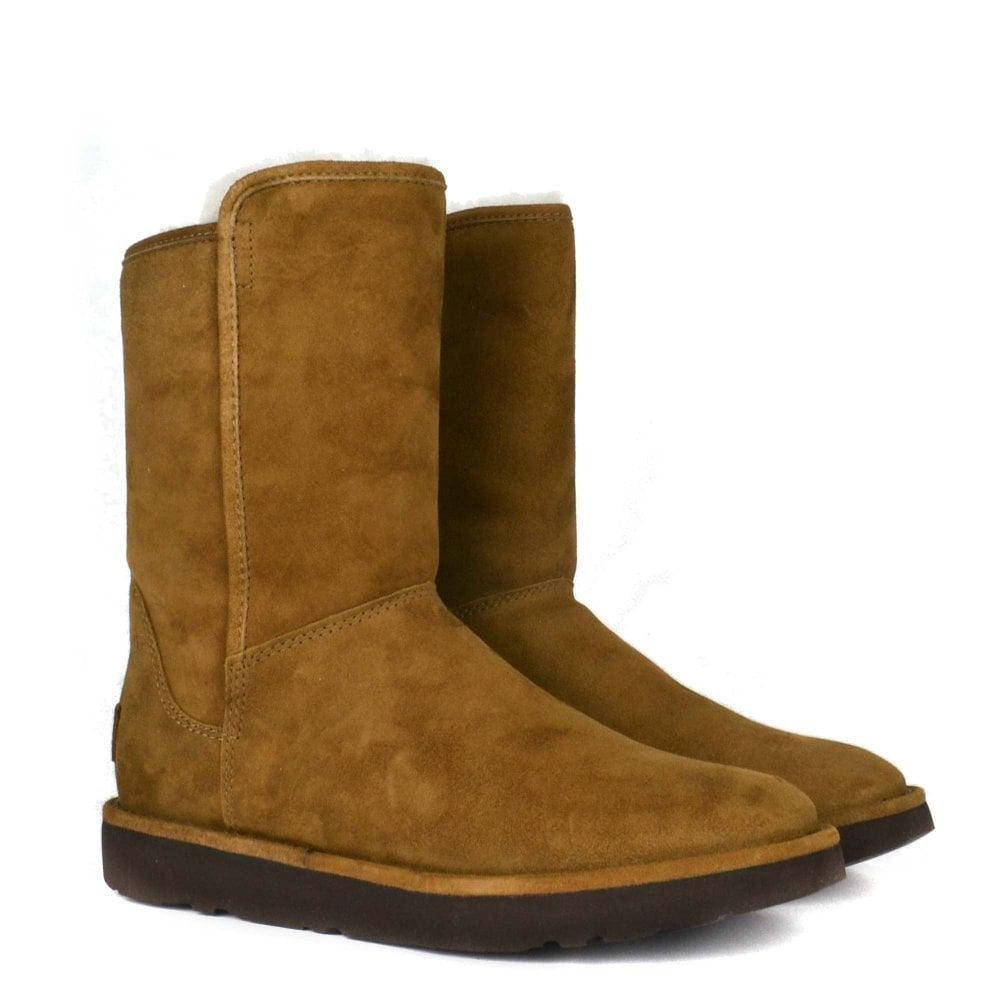 725a488551b Abree II Classic Short Bruno Suede Boot