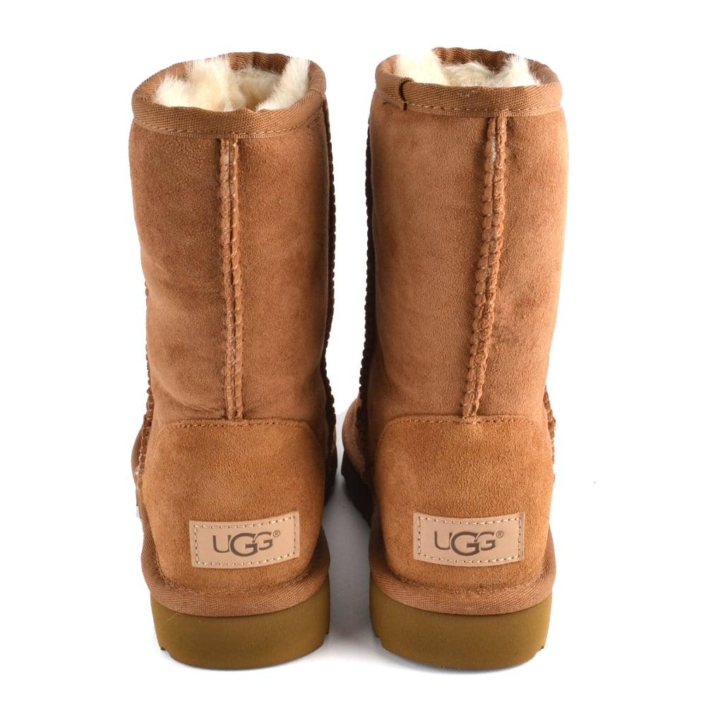 UGG Classic Short II Chestnut Suede Boot