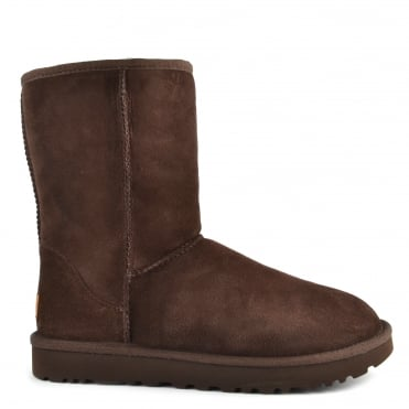 Classic Short II Chocolate Suede Boot